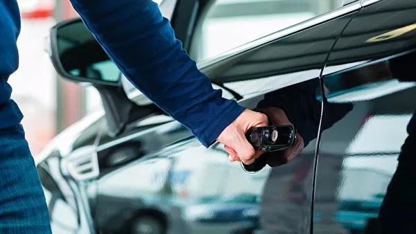 ВСеть утекли данные автовладельцев России
