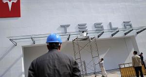 Tesla создаст электрогрузовики и займется каршерингом