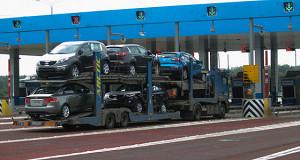 Правительство медлит с принятием программы поддержки экспорта автомобилей