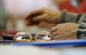 Белорусы восприняли повышение пенсионного возраста как должное