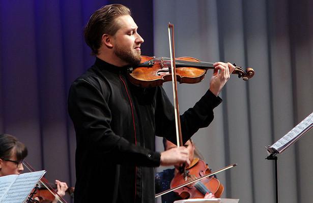 Павел Милюков сыграл «Времена года»