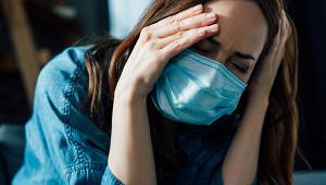 Россияне обнаружили, каккоронавирус ударил позрению