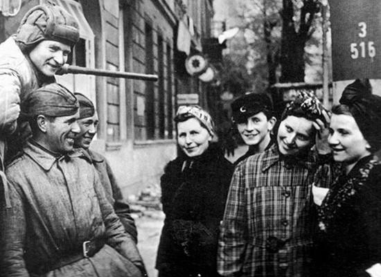 Чемсоветские военные удивляли немцев Восточной Германии