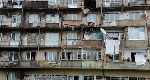 В России осталось расселить около трех миллионов кв м аварийного жилья