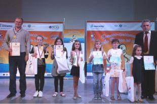 9-летняя школьница изУльяновска выиграла первенство России пошахматам