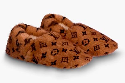 dab8cd3fe91560484783f24ec0ec7fac - Louis Vuitton выпустил домашние тапки засотню тысяч рублей