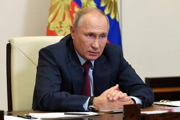 Путин оценил возможный уровень падения ВВПРоссии