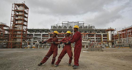 Essar Oil русифицируют