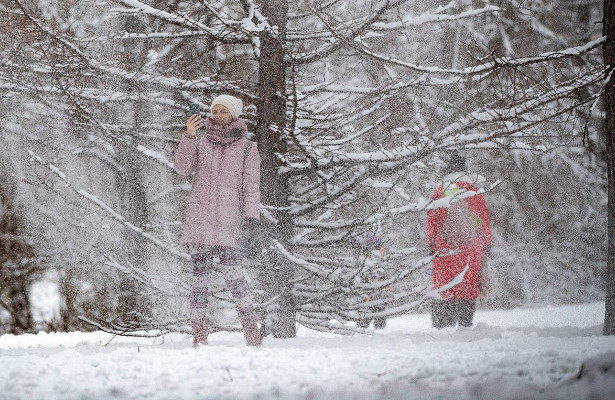 Высота снежного покрова встолице достигает 15см