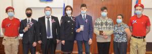 ВМагадане юным колымчанам вторжественной обстановке вручили паспорта